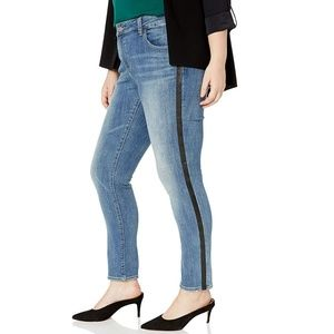 Lucky Brand Stretch Mid Rise Ginger Skinny Jeans